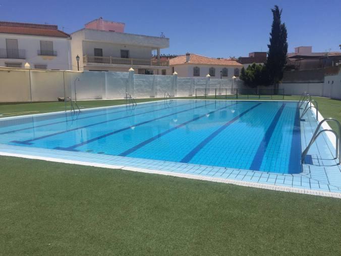 piscina ugijar